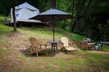 the exterior of blackberry yurt